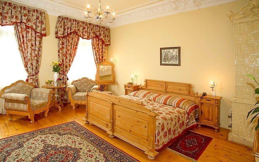 Karlovy Vary luxusně s polopenzí, wellness balíčkem a vstupem do bazénu
