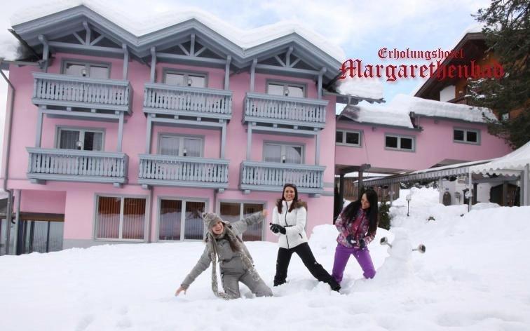 Alpy s neomezeným wellness, polopenzí a sáňkařskou dráhou ve 4* horském hotelu