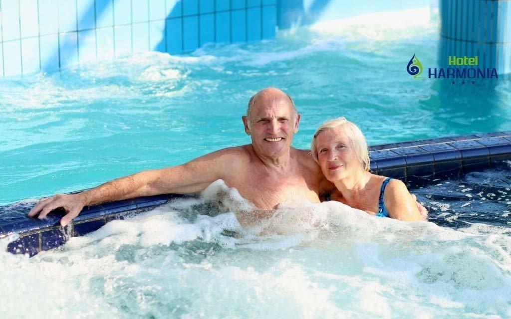 Seniorský pobyt v Piešťanech s polopenzí a až 10 léčebnými procedurami