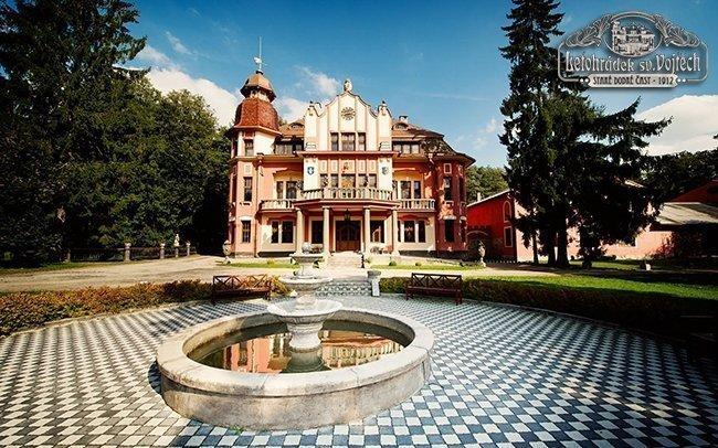 Vysočina: romantický pobyt v Letohrádku sv. Vojtěch s wellness a masáží