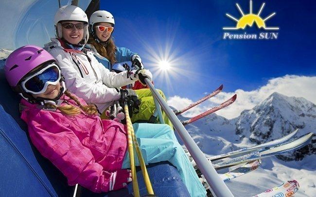 Rakouské Alpy u Hochkaru na zimu v českém pensionu Sun se snídaní