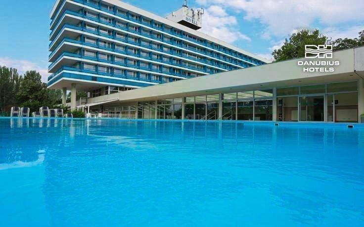 Balaton v hotelu Danubius u pláže s polopenzí a wellness + dítě do 6 let ZDARMA
