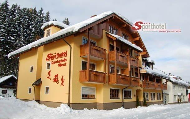 Rakouské Alpy luxusně s wellness, vstupem do lázní, polopenzí a slevovou kartou