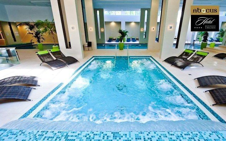 Luxusní pobyt u Budapešti s neomezeným wellness, bazénem a plnou penzí