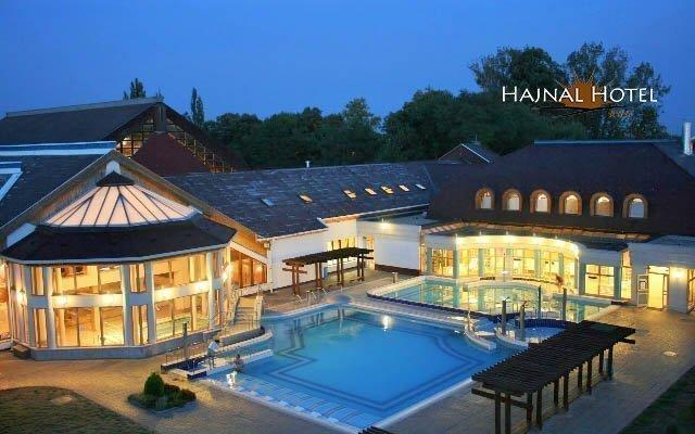Maďarsko v hotelu s termálním wellness, vstupem do lázní Zsóry a polopenzí