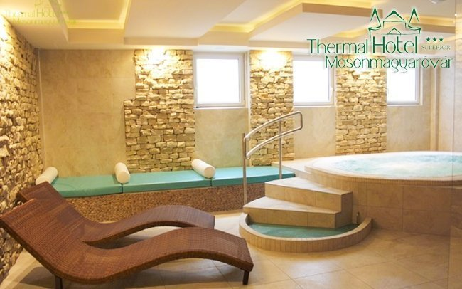 Mosonmagyaróvár v hotelu 50 m od lázní s privátním wellness a polopenzí