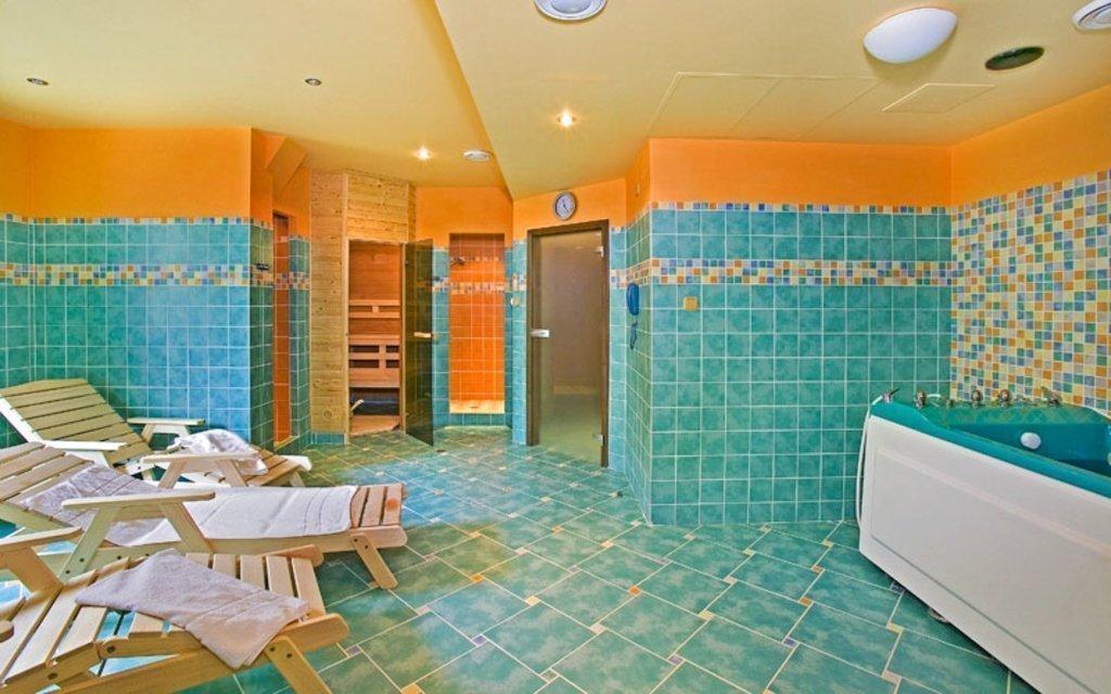 Mariánské Lázně: hotel v centru s polopenzí a až 14 wellness procedurami