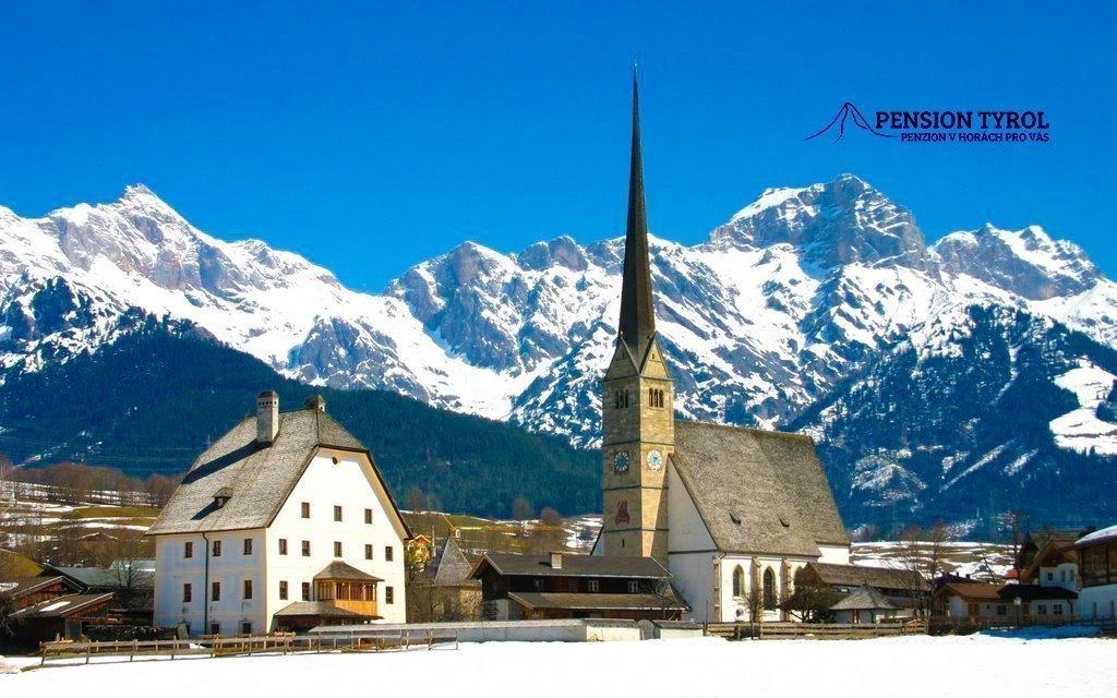 Lyžování v Alpách v českém pensionu s polopenzí do konce března