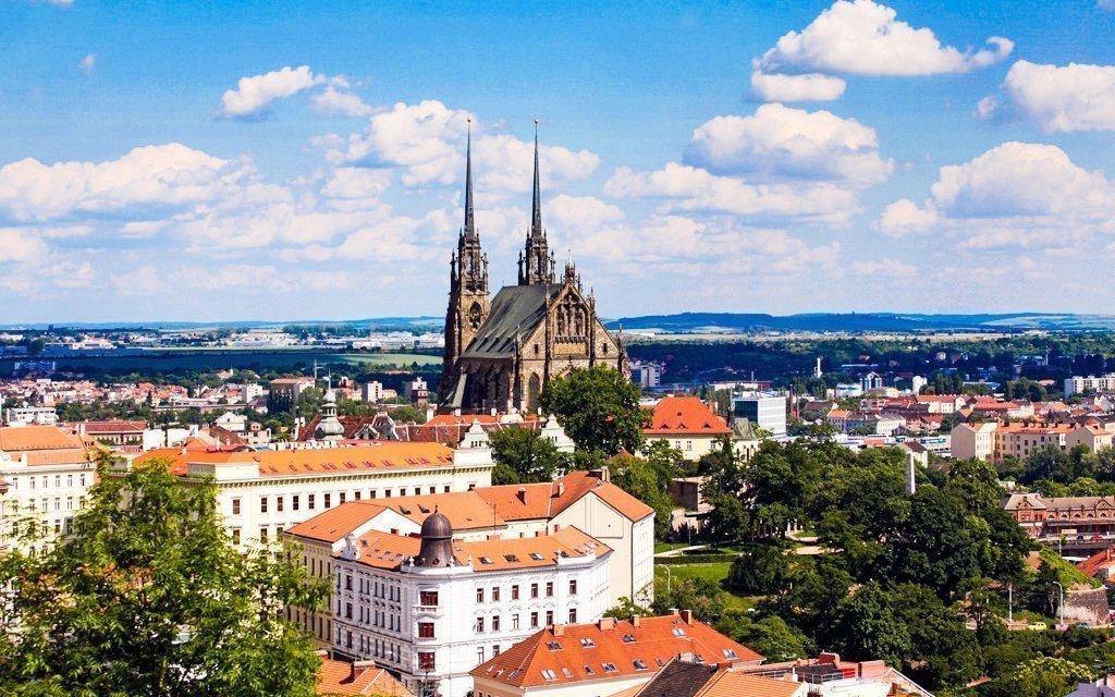 Brno v penzionu nedaleko centra s polopenzí a platností po celý rok