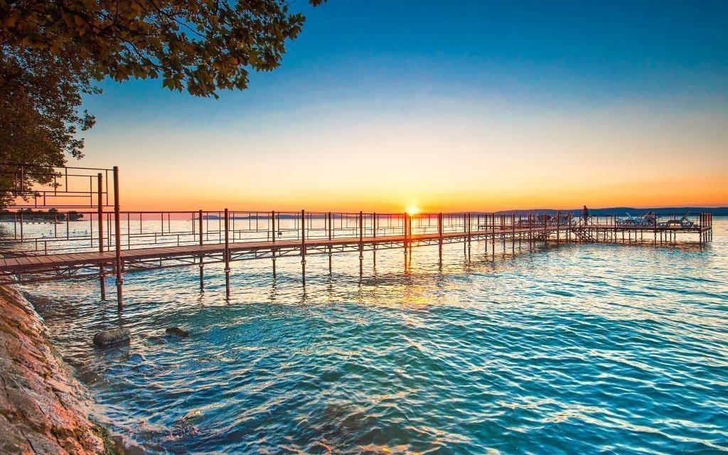 Balaton plný zážitků s polopenzí i all inclusive a dopravou k pláži zdarma