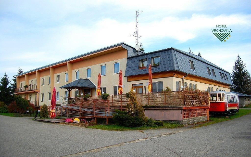 Moravský kras s polopenzí, vínem, slevou do finské sauny + dítě do 6 let zdarma
