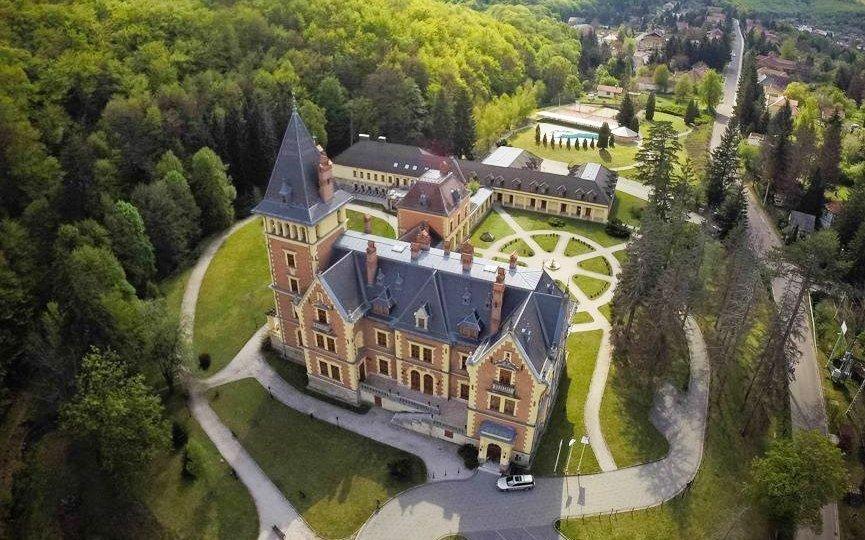 Maďarsko u Egeru v luxusním zámku s neomezeným wellness a polopenzí