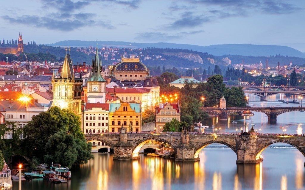 Praha se vstupem do ZOO v luxusním wellness hotelu + 2 děti do 5,9 let zdarma