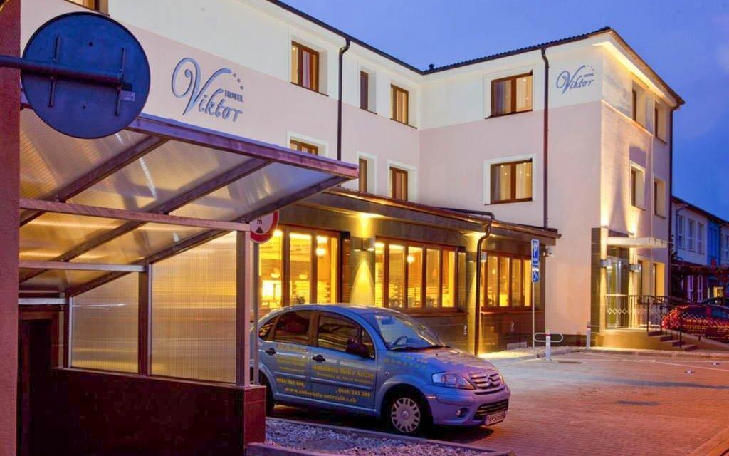 Bratislava pro dva v hotelu u centra se snídaní - platnost až do konce roku