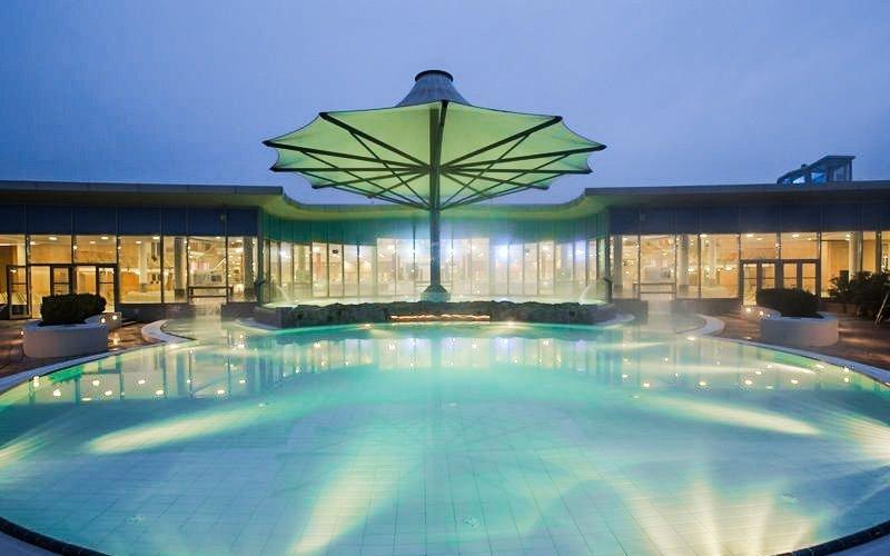Jižní Morava ve stylovém anglickém hotelu se vstupem do lázní a polopenzí