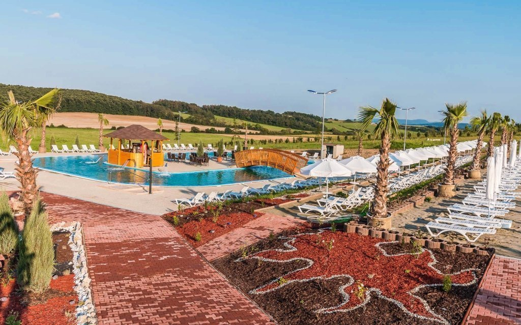 Slovensko: luxusní letní pobyt v hotelu s venkovním bazénem se slanou vodou