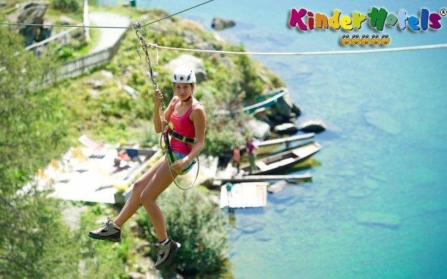 Rakousko pro rodiny s wellness, bazény a aktivitami + až 2 děti do 6 let zdarma