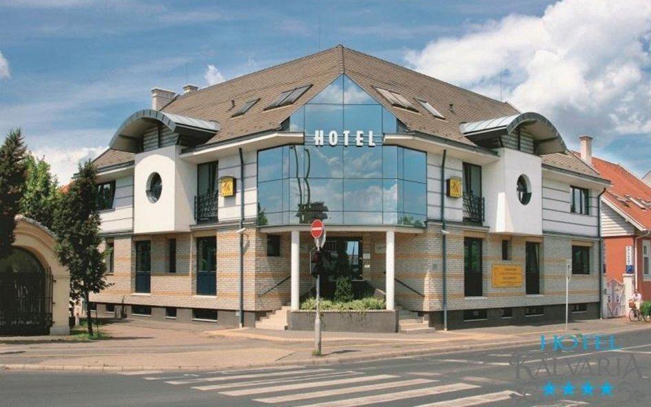 Győr luxusně se vstupem do lázní Rába Quelle a polopenzí ve 4* hotelu Kálvária