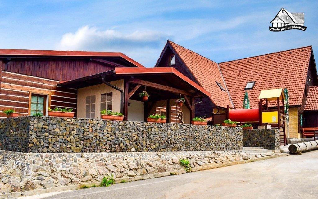 Orlické hory: aktivní letní dovolená v penzionu s polopenzí a grilováním