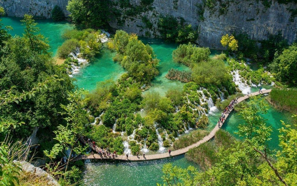 Chorvatsko: Plitvická jezera v hotelu se snídaní + dítě do 6,9 let zdarma