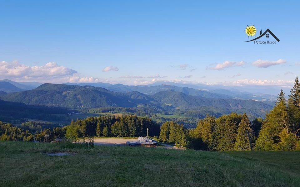 Kremnické vrchy: středisko Králíky v penzionu s polopenzí a welcome drinkem
