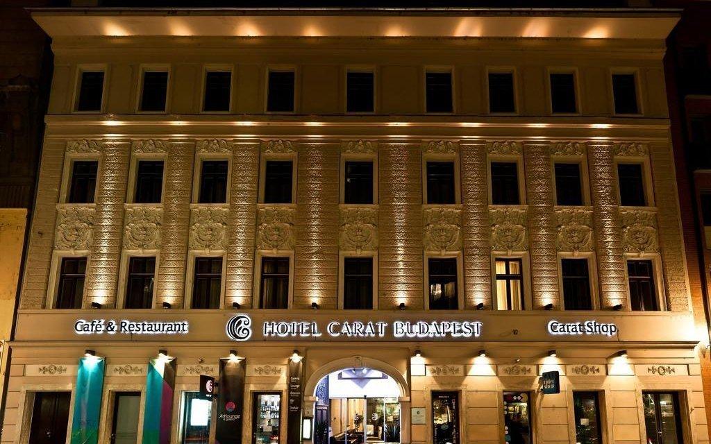 Budapešť ve 4* hotelu Carat se snídaní a pozdním check outem + dítě zdarma
