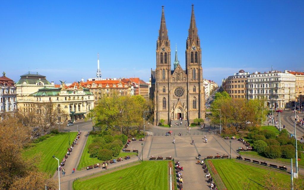 Centrum Prahy na léto pro dva ve 3* hotelu Dalimil s bufetovou snídaní