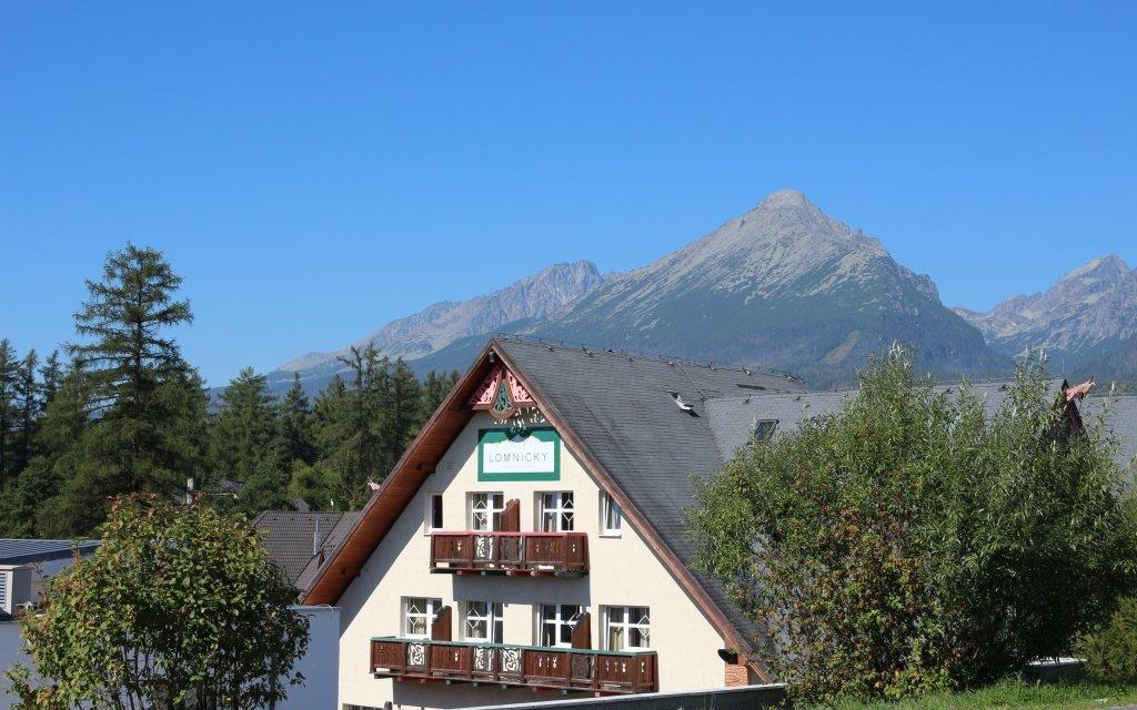 Vysoké Tatry s výhledem na Lomnický štít, polopenzí a vstupem do wellness