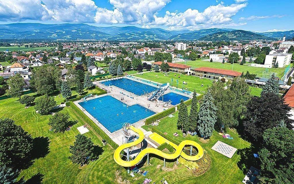Rakouské Alpy s polopenzí, vstupem do wellness a na koupaliště, až do října