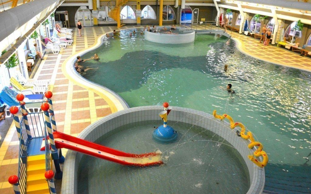 Veľký Meder: luxusní pobyt s polopenzí a bazénem blízko lázní Thermal Corvinus