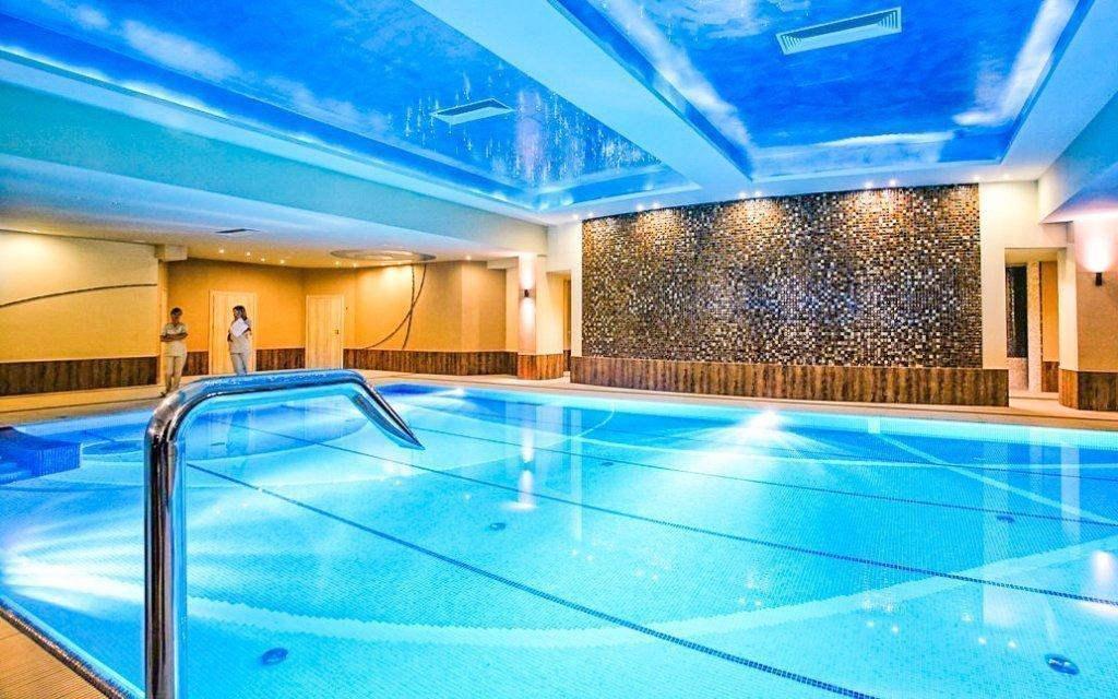Relax v luxusním 4* hotelu nedaleko Krakova s neomezeným wellness