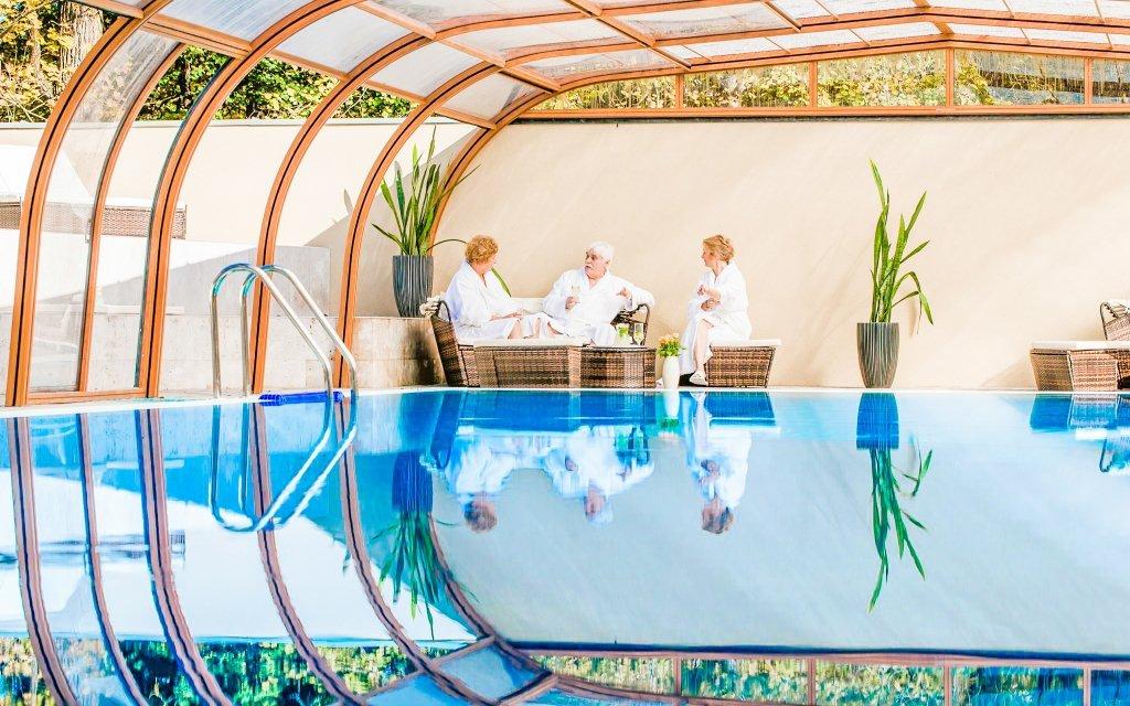 Maďarsko luxusně na zámku s neomezeným wellness a polopenzí