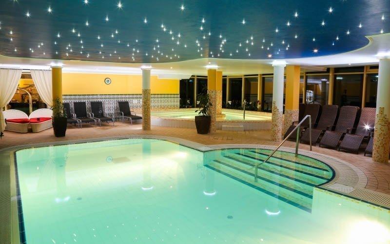 Miskolc luxusně ve 4* hotelu s bohatým wellness, saunovými seancemi a polopenzí