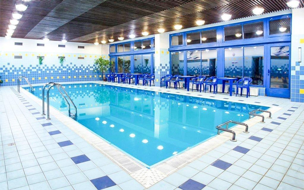 Luhačovice: relax pro dva s polopenzí, vstupem do bazénu a wellness procedurami