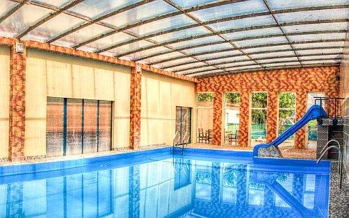 Malé Bielice v penzionu Kalinka s polopenzí a vstupem do bazénů, vířivky i saun