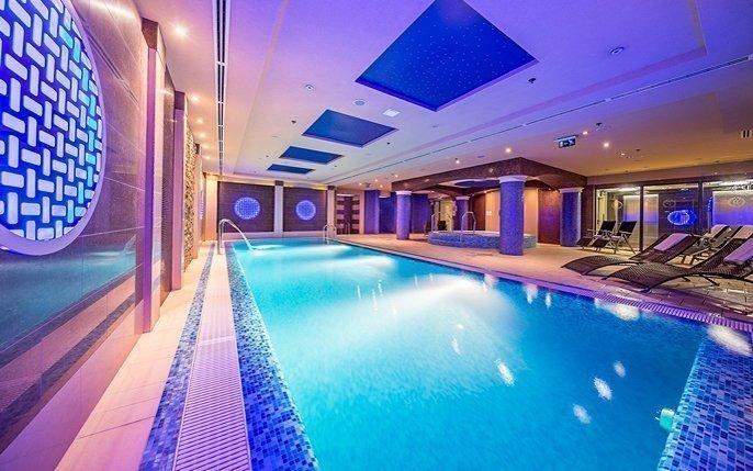 Budapešť luxusně ve 4* hotelu v centru s neomezeným vstupem do wellness