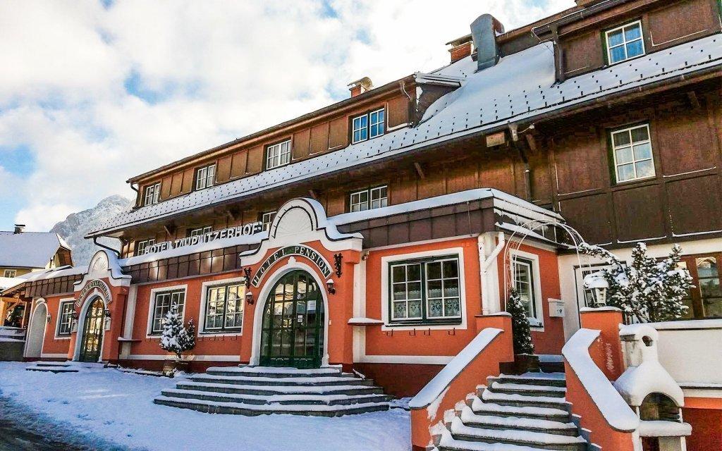 Rakouské Alpy: lyžařská oblast Tauplitz s polopenzí a saunou