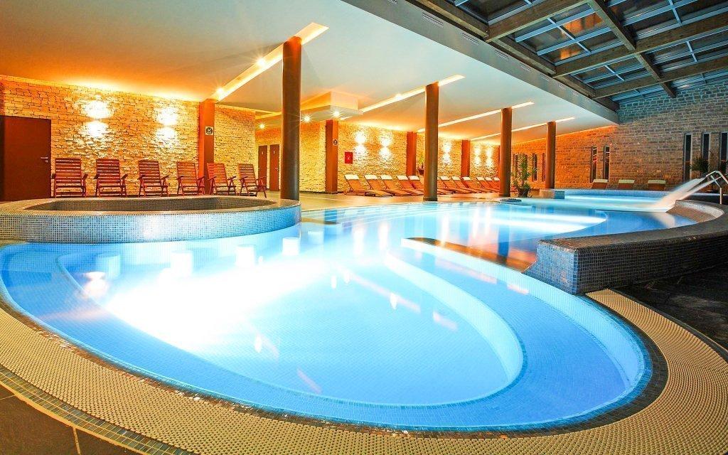 Maďarsko ve 4* hotelu s wellness, bazénem, polopenzí a slevou na procedury
