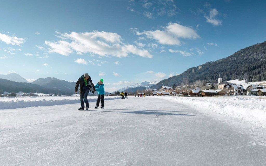 Rakouské Alpy v českém penzionu Sunny u jezera Lunzer See se snídaní