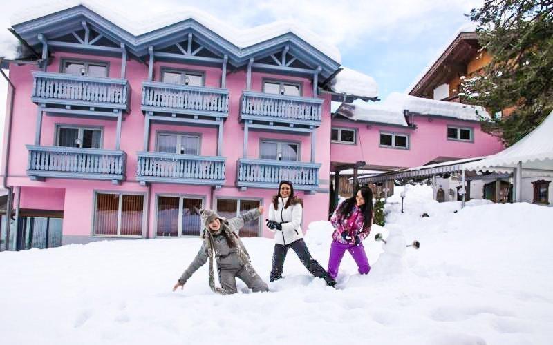 Alpy v hotelu Margarethenbad ****: wellness, polopenze a sáňkařská dráha