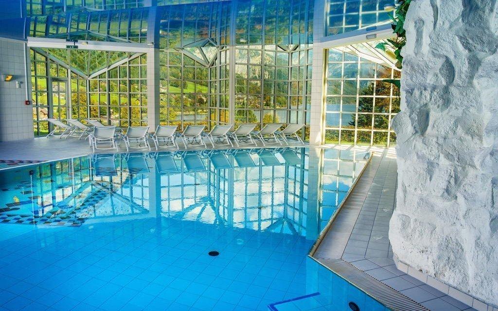 Rakousko v hotelu Mondi **** u jezera s neomezeným wellness + 2 děti zdarma