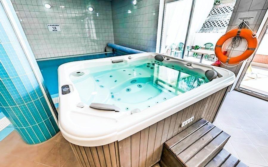 Maďarsko u Budapešti v hotelu Bagoly Fogadó se vstupem do wellness a polopenzí
