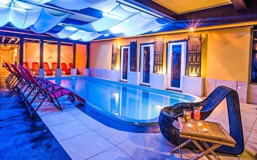 Maďarsko luxusně v Szent Orbán Hotelu **** s wellness, bazénem a polopenzí