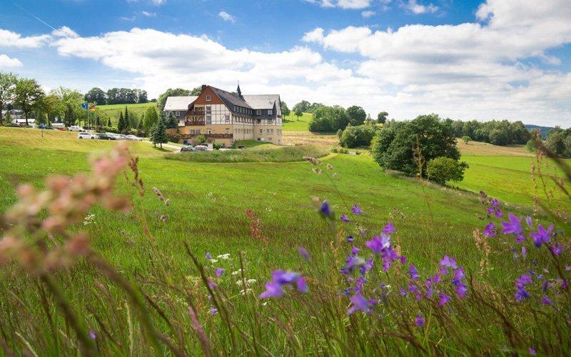 Německo: Pobyt v Panorama Berghotelu **** u Krušných hor s polopenzí a saunou
