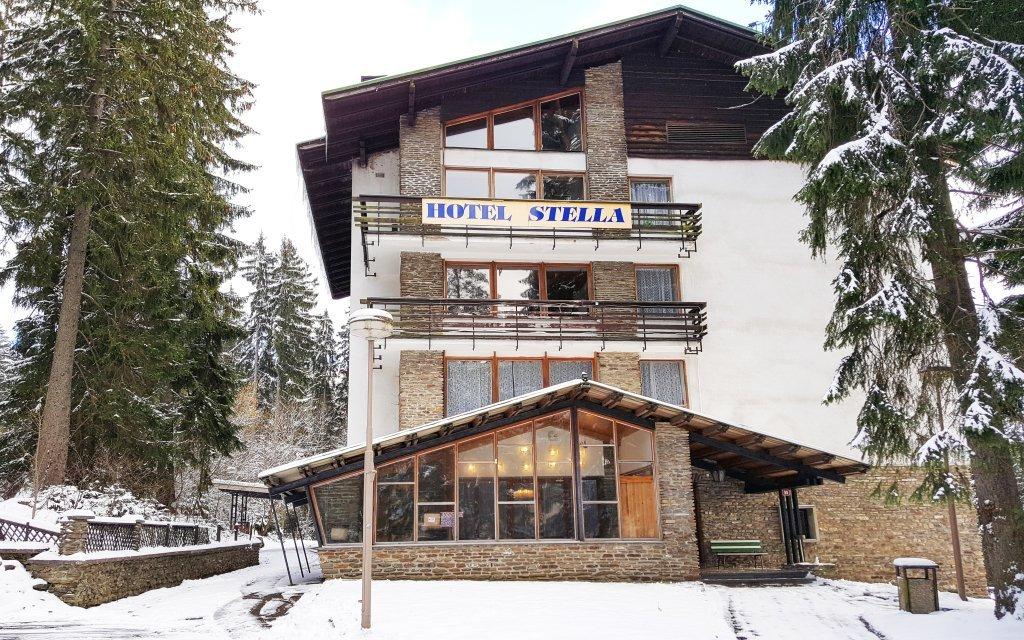 Šumava v hotelu Stella *** s polopenzí a saunou jen 5 minut od ski areálu
