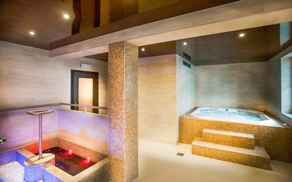 Karlovy Vary: Královské wellness s polopenzí v hotelu Millenium ****