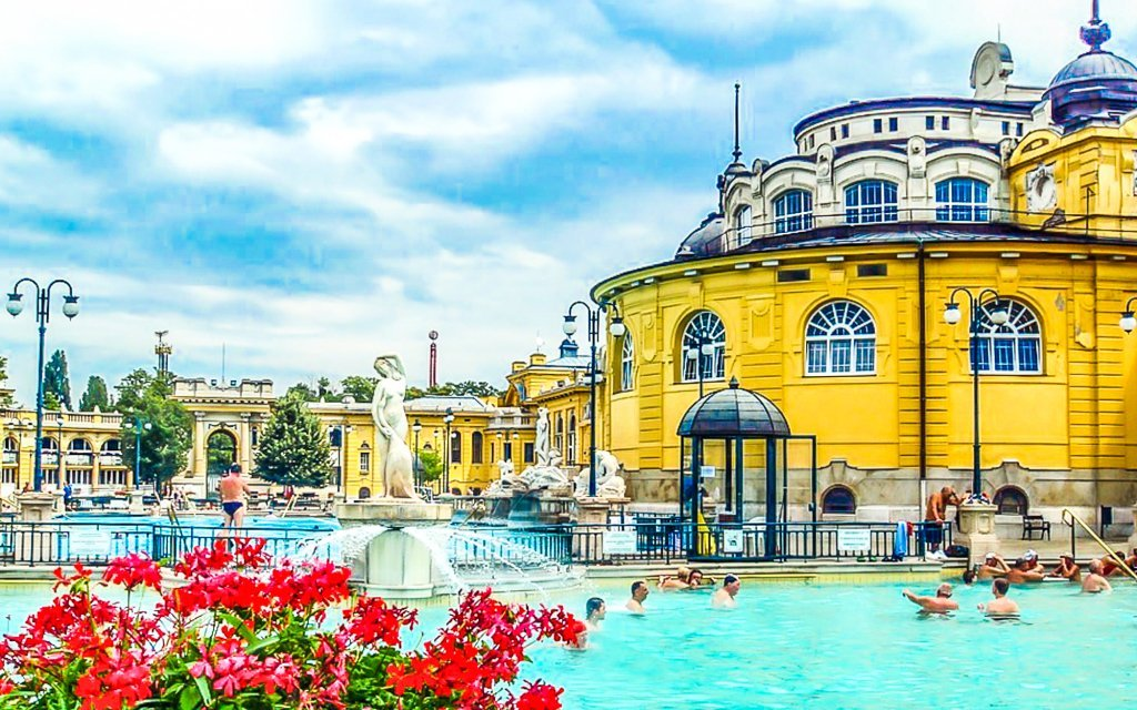 Budapešť v hotelu Bobbio *** s celodenním vstupem do lázní Széchenyi a snídaní