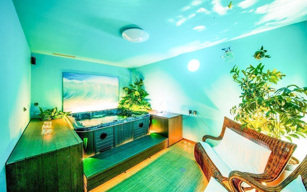 Praha v luxusním hotelu Modrá stodola **** s privátním wellness a snídaněmi
