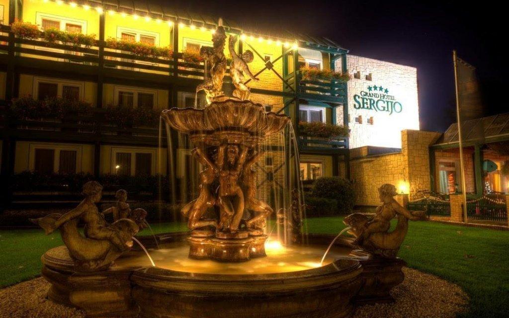 Piešťany: romantický pobyt v Hotelu Sergijo **** s polopenzí a wellness