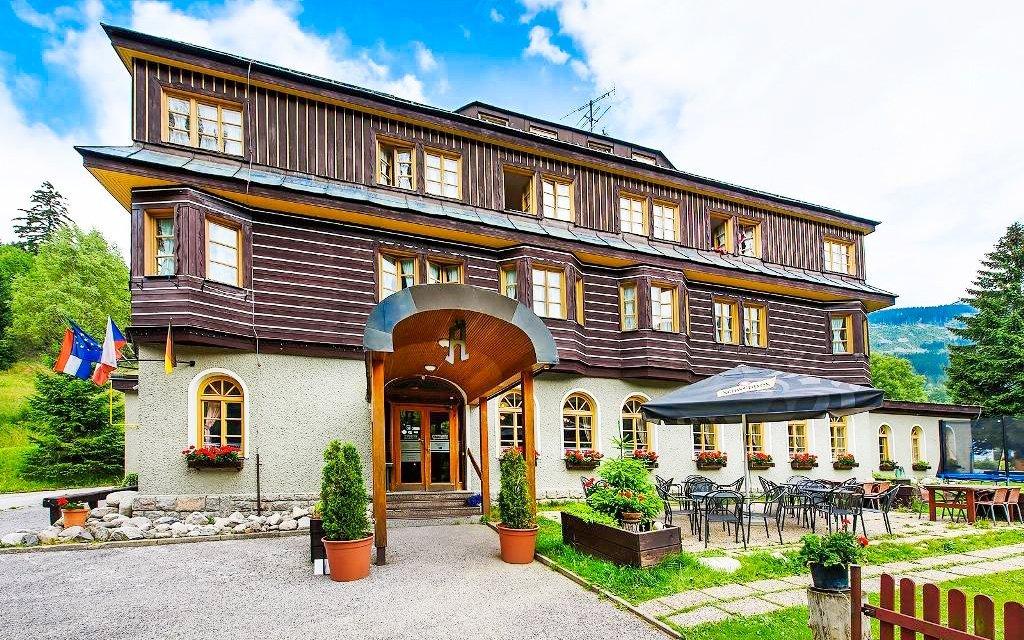 Špindlerův Mlýn v Alpském Hotelu ***+ s neomezeným wellness a polopenzí